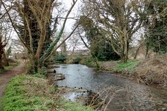 A clean and pleasant looking River Cray (Bods) Tags: london walk bexley londonloop greaterlondon rivercray footscraymeadows northcray londonloopstage2 sladegreentopettswoodwalk