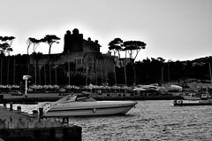 Santa Marinella_07T_C-PL (Dubliner_900) Tags: sea bw seascape nikon mare seashore biancoenero cpl lazio haida santamarinella polarizzatore tamron1750mm28 d7000