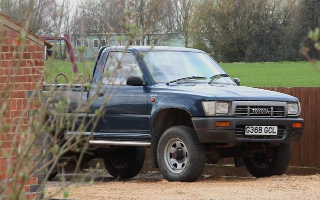 4x4 toyota 1989 hilux 24d