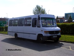 Broughan (Cabra) 01-D-97482, James Fintan Lawlor Ave Portlaoise, 23-04-2015 (MidlandDeltic) Tags: bus mercedes o814 leicestercoachbuilders terrybroughan 01d97482