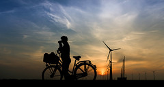 wonderful encounter (Chantal van der Ende-Appel) Tags: me bicycle thankyou windmills chantal eemshaven janwedema