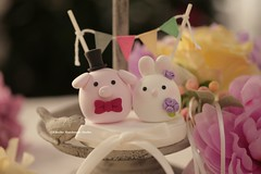 Pig ,Piget and Rabbit, Bunny MochiEgg wedding cake topper (charles fukuyama) Tags: wedding cute conejo ceremony clay lapin sculpted porc cerdo  cakedecoration  weddingbanner weddingcaketopper customcaketopper brideandgroomcaketopper handmadecaketopper animalscaketopper kikuike