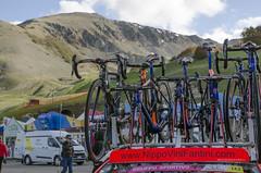 GIRO (vincenzodalessio) Tags: bike da bici derosa giro abruzzo corsa bicicletta ditalia campagnolo