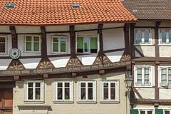 Maarbeit (GeraldGrote) Tags: germany de fenster fassade fachwerk niedersachsen schief hornburg