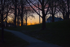4/17/2016 - Medford/Somerville, MA - The sun sets on Gifford House and the President's Lawn on Sun Apr 17, 2016. (Ray Bernoff / The Tufts Daily) (consolecadet) Tags: sunset college campus university daily tufts tisch tuftsuniversity tischlibrary tuftscampus tuftsdaily