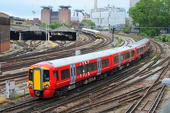The New Order (crashcalloway) Tags: london trains victoria emu gatwickexpress railways pimlico batterseapowerstation class387 grosvenorbank 387221
