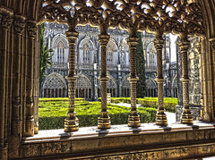 Mosteiro da Batalha (Portugal) (Jocarlo) Tags: art afotando arttate ciudades crazygeniuses crazygenius clickofart edificios esculturas escudos editing escultura flickrclickx flickraward flickrstruereflection1 genius sharingart iglesias jocarlo monumentos ngc nationalgeographic soulocreativity1 parques portugal batalha
