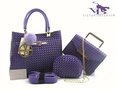 Import @225 Bag Victoria B 99035 3in1 32x25x13cm 1,4kg Kulit Embos #Sale#SemiPremium#Apricot#Purple#Blue#Brown#Red#Pink (merboutique) Tags: pink blue red brown purple sale apricot semipremium