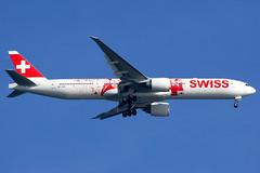 Swiss | Boeing 777-300ER | HB-JNA | People's Plane livery | Hong Kong International (Dennis HKG) Tags: swiss swissair swr lx boeing 777 777300 777300er boeing777 boeing777300 boeing777300er aircraft airplane airport plane planespotting hongkong cheklapkok vhhh hkg hbjna staralliance canon 7d 100400