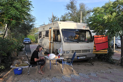 Guten Morgen auf dem Campingplatz Helios (Pixelkids) Tags: campingplatz sizilien seliunte helioscamping seliunt