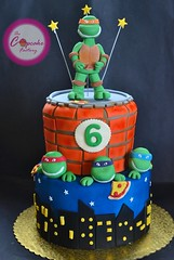 Ninja turtle cake - Mikey topper (The Cupcake Factory Barbados) Tags: blue boy green cake skyline turtle mikey vanilla six nija fondant