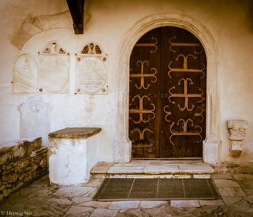Kirchenportal - church porch