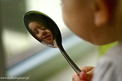 Odbicie (emikalejdoskop) Tags: laura blog portret dzieci dziecko odbicie łyżka wwwkochamylaurepl wilgosz