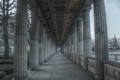 Columns at the Museumsinsel, Berlin (Kasimir) Tags: berlin museum hdr neoclassical neoclasicismo