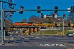 BNSF #9046 South @Landsdowne Ave (tim_