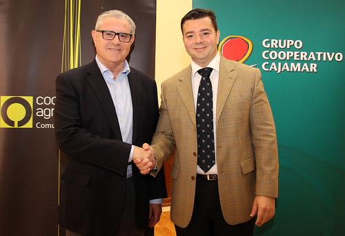 Firma Convenio Cooperatives Agro-alimentàries - Cajamar