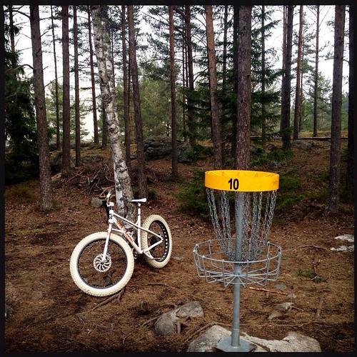Brake#discgolf - hole 10. #lauste #stravaphoto #turku #mtb #fatbiking