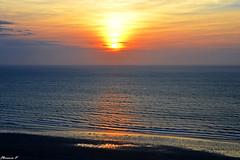coucher de soleil sur la manche (florence.V) Tags: mer france soleil 14 normandie calvados manche coucherdesoleil trouvillesurmer