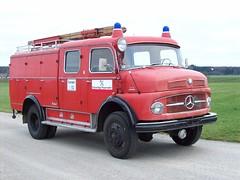 MB 1113 (Vehicle Tim) Tags: truck fire mercedes oldtimer feuerwehr mb fahrzeug 1113 lkw einsatz blaulicht