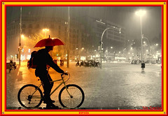 Evening Rain, Barcelona (vicbrasil) Tags: barcelona madrid people men children spain women bilbao zaragoza santiagodecompostela montserrat oviedo sansebastian pamplona santillanadelmar