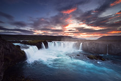 When gods fall (G.V Photographie) Tags: longexposure sunset water river landscape waterfall iceland highlands rivire paysage cascade coucherdesoleil islande waterscape godafoss poselongue