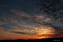 Um presente ao acordar (antoninodias13 (AUSENTE)) Tags: luz portugal canon lisboa sigma cu nuvens oeiras beleza nascerdosol despertar silhuetas acordar tonalidades serradecarnaxide silncios antoninodias13 antoninodias