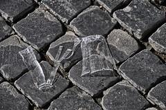 Sanpietrini per CleanRome (luporosso) Tags: italy rome roma garbage italia dirt immondizia carelessness sporcizia incuria citteterna eternalcity incivilt incivility cleanrome