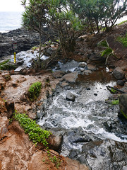 Waterfall to the ocean (maveric2003) Tags: kauai princeville queensbath