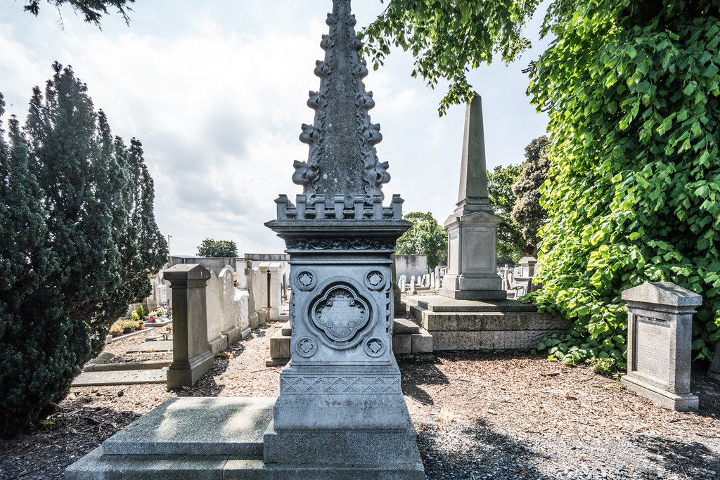 MOUNT JEROME CEMETERY AND CREMATORIUM IN HAROLD'S CROSS [SONY A7RM2 WITH VOIGTLANDER 15mm LENS]-117096