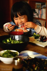 (atacamaki) Tags: portrait food girl smile japan japanese child daily  fujifilm   f3556 xt1 18135mm morningmeal  jpeg atacamaki