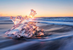 Ice Sculpture (terenceleezy) Tags: jokulsarlon iceland ice sunrise sunset sculptures icesculptures icebeach glacier glacierlagoon icebergs iceberg frozen jkulsrln iphone6 iphone6plus nikon reallyrightstuff iphone6s