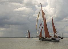 Sail Shapes (Eddie Hyde) Tags: thames river estuary barges boats sailing racing gravesend
