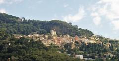 Roquebrune, le village perch - Alpes-Maritimes (3D-Stretch) Tags: mountain alpes french landscape mediterranean riviera martin outdoor francaise hill cte paca cap cote provence azur maritimes dazur mditerrane alpesmaritimes roquebrune franaise provencealpesctedazur