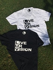 """""""Living yoUr Vision"""" is diving into action (communiTEEZ) Tags: summer white black love water pool fashion agua underwater heart amor live dream tshirt going vision cotton luv tanktop ur success corazon jcp apparel deeper ckcs 2016 vneck teez sekses communiteez liveurvision heartofsekses"""