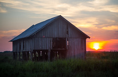 Arkansas Dawn (WillJordanPhoto) Tags: sunset sky clouds barn farm arkansas
