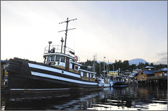 reliant tug in gibsons (tesseract33) Tags: world travel light sunset sky art boats evening boat nikon waterfront harbour gibsons tugs reliant nikond300 gibsonsharbour tesseract33 peterlangphotography