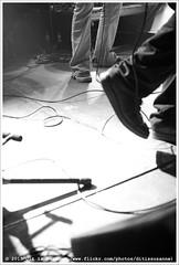 Avery Plains @ Vera Mainstage (Dit is Suzanne) Tags: blackandwhite netherlands concert zwartwit gig nederland groningen vera kin sigma30mmf14exdchsm концерт чернобелый views200 cdpresentatie img3712 veraclub нидерланды canoneos40d гронинген rockrollshoes benwennekers veramainstage averyplains ©ditissuzanne 20032015 jurgenveenstra lastfm:event=4048490