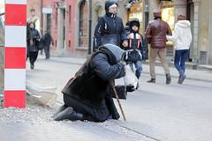 Bieda (Lukas Plewnia) Tags: poverty poland polska polen warsaw altstadt oldtown warszawa warschau staremiasto armut bieda