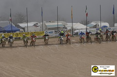 a10 (reportfab) Tags: friends food fog fun beans nice jump moto mx rains riders cingoli motoclubcingoli