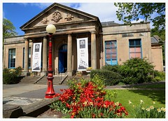 The Smith Art Gallery and Museum, Stirling. (Paris-Roubaix) Tags: museum garden gallery stirling smith stirlingshire the