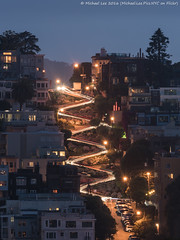 Twilight Lombard Street (DSC03327) (Michael.Lee.Pics.NYC) Tags: sanfrancisco longexposure night twilight sony hill curves coittower lombardstreet lighttrail residentialneighborhood traffictrail a7rm2 fe70300mmg