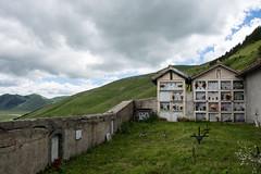 Castelluccio - Friedhof 2 (christine thormhlen) Tags: friedhof monti sibillini