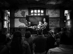 L'adoration de la Femme -Ana Leibovitz Photography Exhibition- (Mexico City. Gustavo Thomas  2016) (Gustavo Thomas) Tags: people woman blancoynegro monochrome mexico photography mujer mexicocity gente femme exhibition bnw biancoenero gens exposicin blancetnoir monocromtico blackandwhote coloniajurez espacioprim analeibovitz analeibowitz