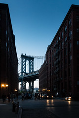 A bridge not so far (Nicolas Hoizey) Tags: amriquedunord brooklyn dumbo manhattan manhattanbridge nyc newyorkcity newyork northamerica usa unitedstates unitedstatesofamerica bridge building dusk night street streetphotography travel urban tatsunis tatsunisdamrique us