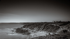 Quinta do Gato Cinzento (p_v a l d i v i e s o) Tags: 169 24105mm 5d3 atouguiadabaleia canon5d canon5dmk3 canonef24105mmf4lisusm canoneos5dmarkiii ef24105mmf4 ilhadaberlenga leefilters nd9stops peniche sobernardino bw beach cliff coast exposiolonga longexposure longaexposio monochrome monocromatico monocromatique monocromtico polarizingfilter splittoning portugal