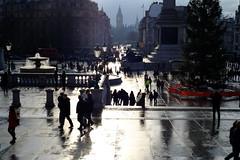 Trafalgar Square (AhRay) Tags: uk england london square cityscape trafalgar backlit