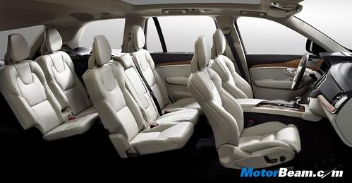 2015-Volvo-XC90-4