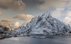 Lofoten - Olstinden in snow (jerry_lake) Tags: snow mountains norway lofoten olstinden lightroom57 20thmarch2015