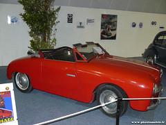 Expo La Rochelle - Panhard Dyna Junior - 1954 (Deux-Chevrons.com) Tags: auto france classic car automobile automotive voiture coche junior oldtimer larochelle ancienne panhard classique dyna dynajunior panharddynajunior
