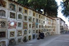 eine Wand voller Toter. (Hel*n) Tags: friedhof cemetery capital hauptstadt cementerio bolivia bolivien sucre chuquisaca charcas